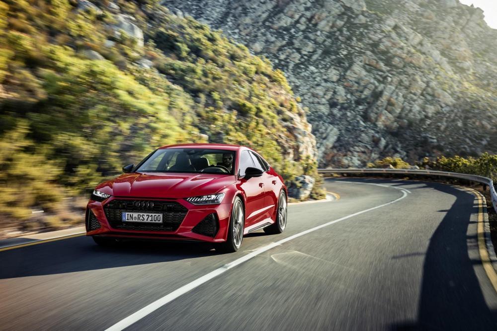 Audi-RS7-Sportback-2019-38 (1).jpg