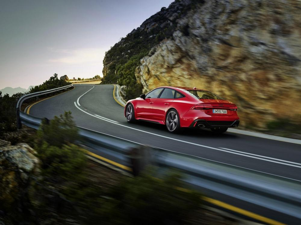 Audi-RS7-Sportback-2019-40.jpg