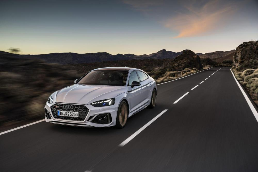 Audi-RS5-Coupe-and-Sportback-facelift-2020-2.jpg