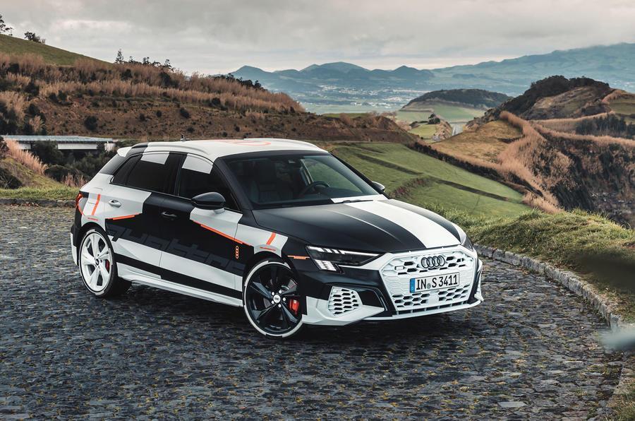 2020_Audi_S3_leaked_0002.jpg