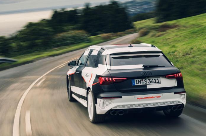 2020_Audi_S3_leaked_0011.jpg